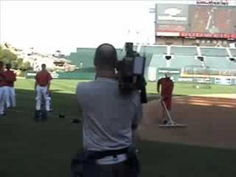 Batting Stances: on the field with gary matthews jr Video