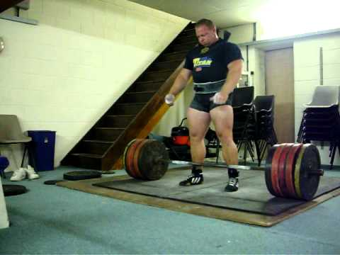 Craig Coombes Powerlifter Deadlift 300kg suit. Image 1