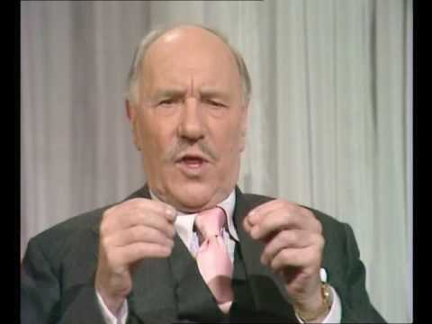 Ralph Richardson - Russell Harty TV Show (4)