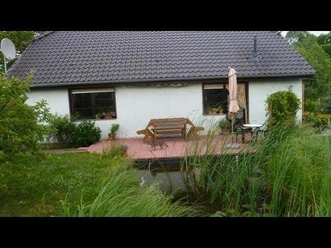 Idyllisches Wohnen Auf Einer Ebene - EFH Mit Terrasse, Carport, Teich, NG Und Grundstück