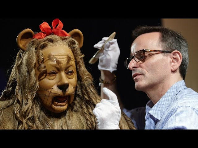 Cowardly Lion Costume Goes Up for Auction