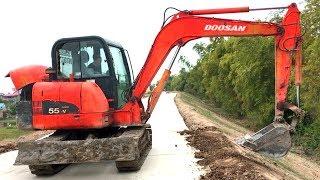 Máy Xúc DOOSAN Múc Đất San Đất Sửa Cơ Đường, Máy Xúc Làm Việc | giúp Bé Phát Triển Tư Duy