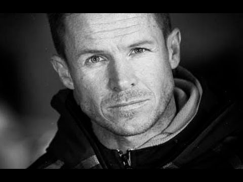 Skydiver Felix Baumgartner smashes sound barrier - NewsX