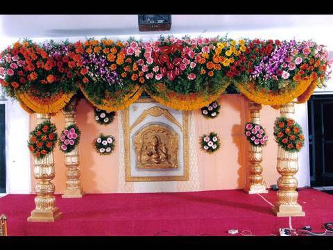 Pelli mandapam marriage hall decorations vedika stage for Hall decoration images