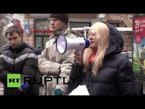 Ukraine: 'How are we to survive?' Protest against NBU held in Odessa