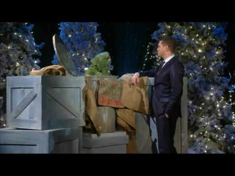 Michael Bublé | Have Yourself A Merry Little Christmas (with Oscar The Grouch)
