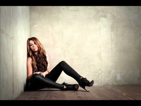Miley Cyrus - Miley Cyrus - Can't Be Tamed (Studio A Capella)