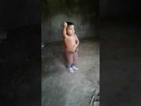 اروع رقصة لطفل مغربي يرقص رقصة إسبانية thumbnail