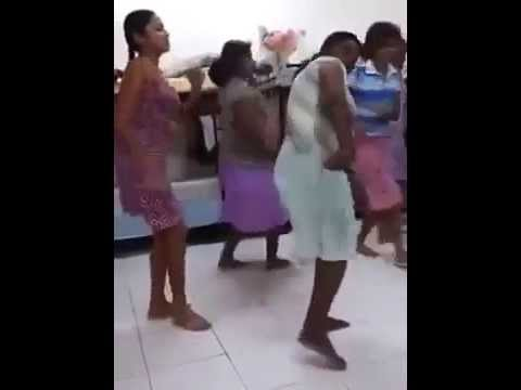 Sinhala Kellonge Kunuharupa Dance video