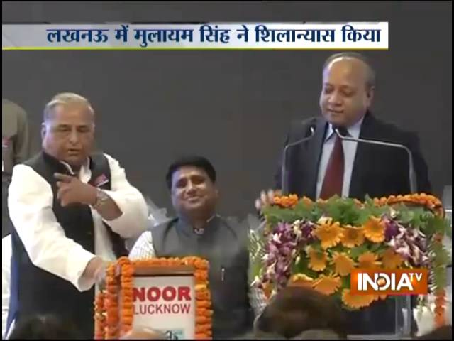 Mulayam pulls up Akhilesh govt for 'slow pace of work' in Uttar Pradesh