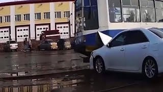 WTF MOMENTS ON THE ROAD CAUGHT ON TAPE | ULTIMATE DRIVING FAILS 2018