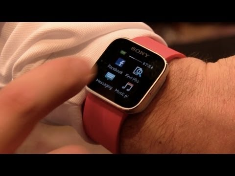 First Look: Sony SmartWatch