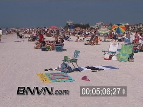 2/17/2006 News B-Roll of people Siesta Beach in Florida in the middle of winter