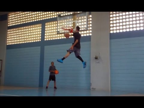 "Team Flight Brothers Presents ""DZK"" & ""RO RYDER""  the Best Dunkers in Puerto Rico"