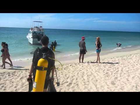 Buceo en Playa Ancon, Sancti Spiritus, Cuba.