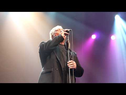 Tom Jones--NOT UNUSUAL--Glasgow-17 januari 2011