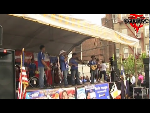 Festival En Union City La Chanchona Los Alegres Campesinos