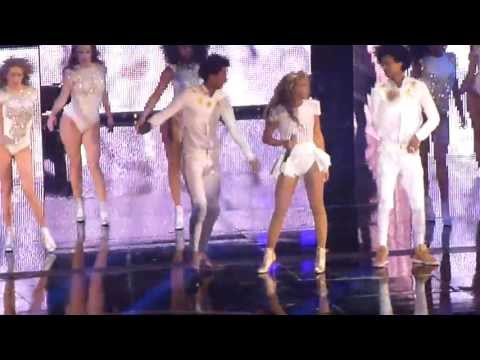 Beyonce - Run the world - End of time -  LIVE PARIS 2013