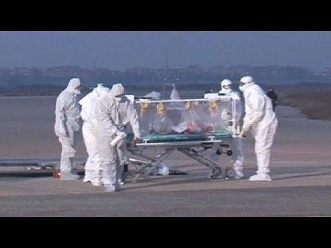Italian Ebola victim returns home for treatment