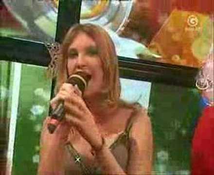 Christiane von Giga singt Santa Baby