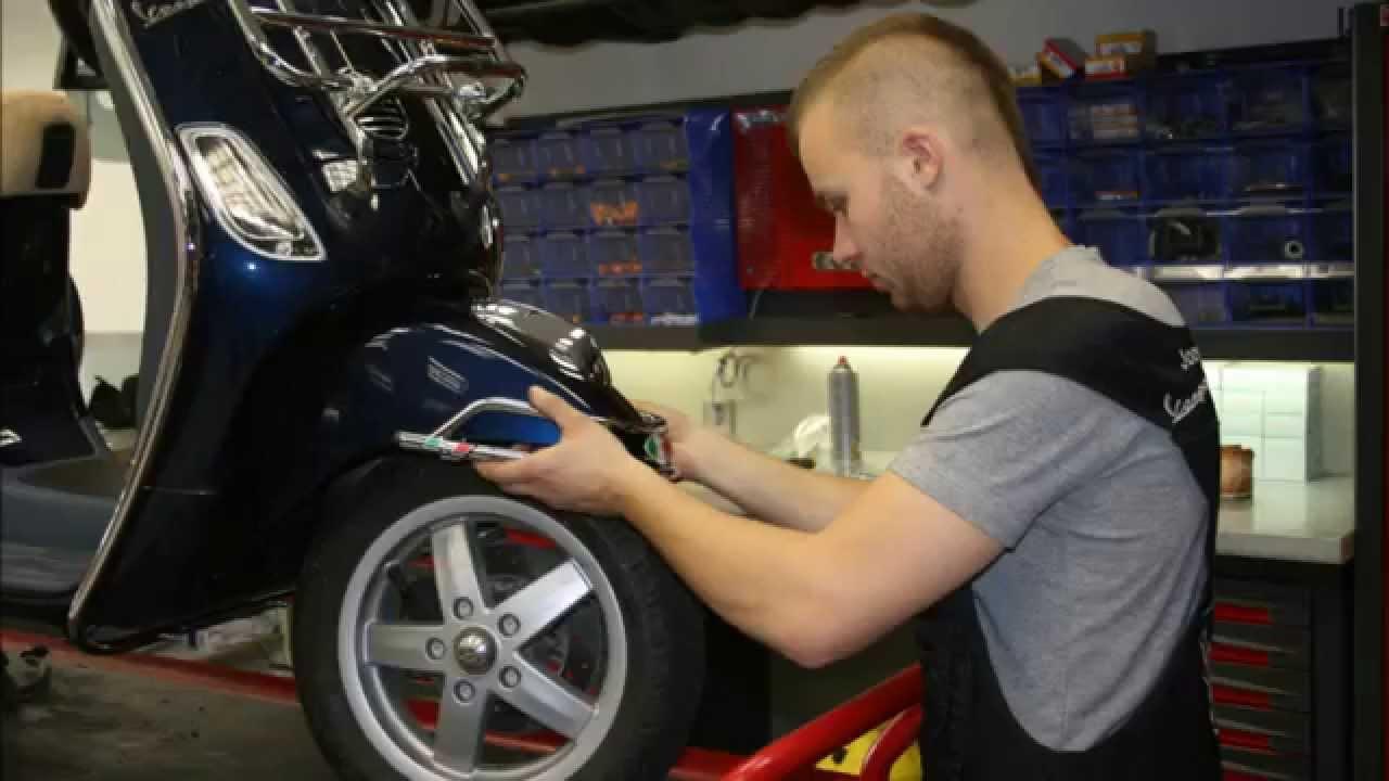 joey schaar beugel opbouw vespa LX september 7, 2012 - YouTube Joey Schaar