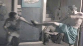 Hilarious Fight Between Two Skinny Guys