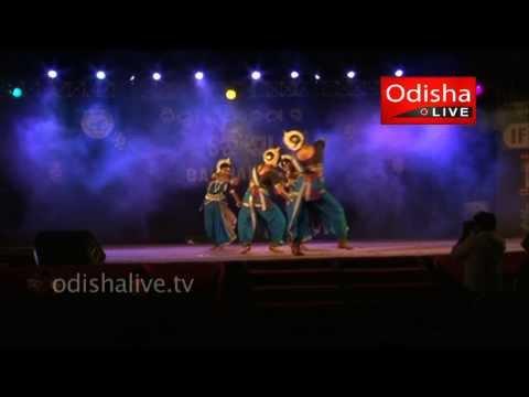 Odissi Dance - Ya Devi Sarba Bhuteshu - Nrityangana Dance Group...