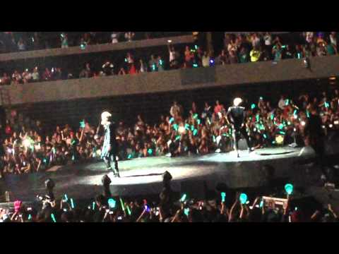 140404 [SHINee World III] Ring Ding Dong + Taemin + Amigo Rock Version