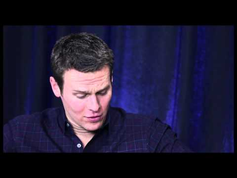 Show People With Paul Wontorek Interview: Jonathan Groff On Gay Sex, Lea Michele & More video