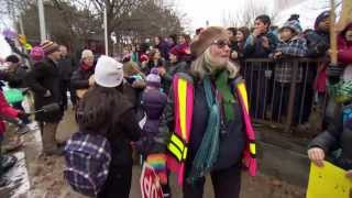 CBC News Toronto at 5: Monday, December 9, 2013