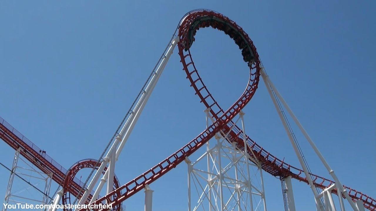 Superman roller coaster magic mountain