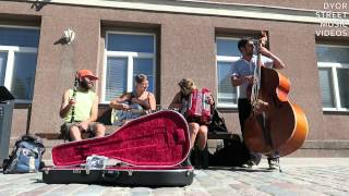 Old American song in Tallinn by international band (FullHD, HQ sound)