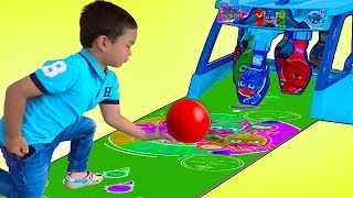 Lyndon Pretend Play with PJ MASKS Bowling Toy Set