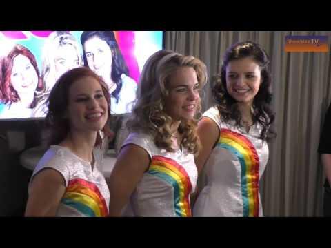 K3 krijgt vijf keer platina tijdens persmoment in Vlaanderen