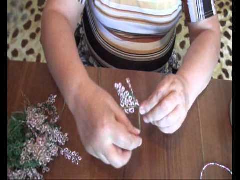 Плетение Сакуры из бисера своими руками.
