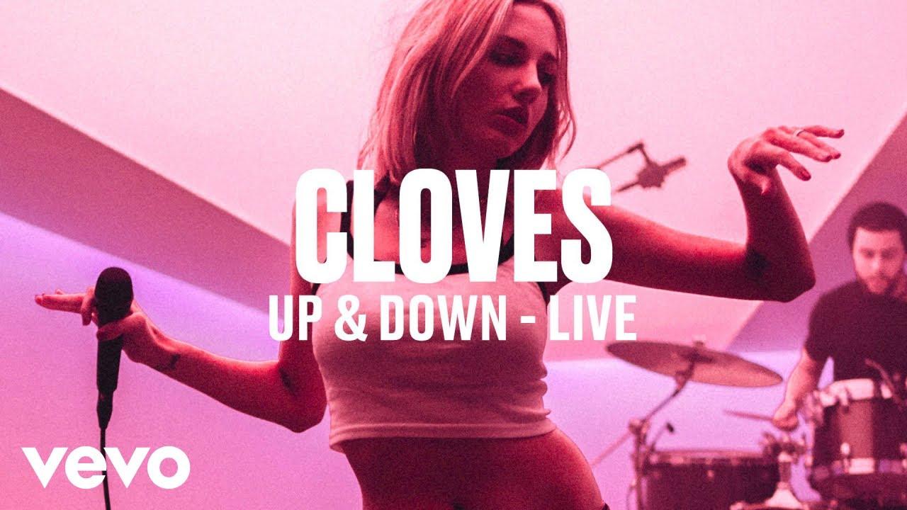 "Cloves - 「Vevo DSCVR」にて""Up and Down""など2曲を披露 ライブ映像を公開 thm Music info Clip"