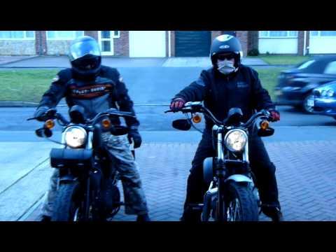 Harley Davidson Iron 883 Nightster 1200 sound part 2.MOV