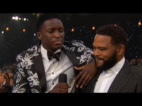 Victor Oladipo showed off the vocals at NBA Awards
