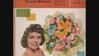 Watch Teresa Brewer The Banjos Back In Town video