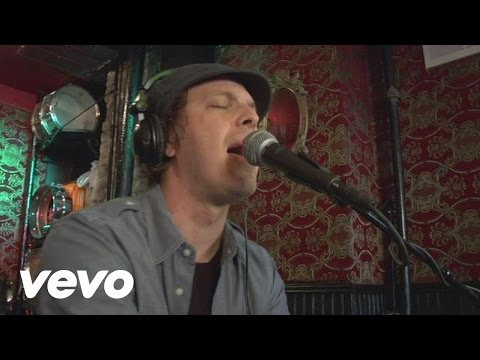 Gavin DeGraw - I Don't Want To Be (Acoustic) (Live)