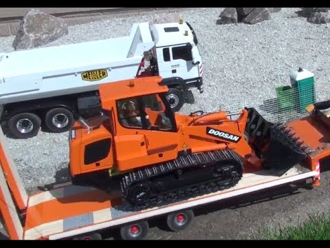 RC truck Carson Loader with Armageddon 8x4 and MACK truck