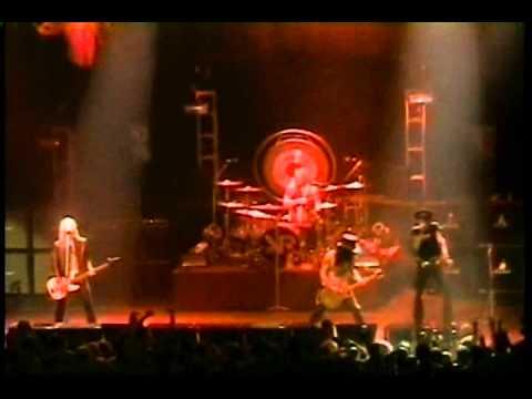 Velvet Revolver - No More No More - (Aerosmith cover) - HQ