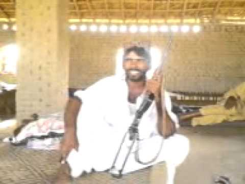 Dhaarail Sing A Very Sexy Song video