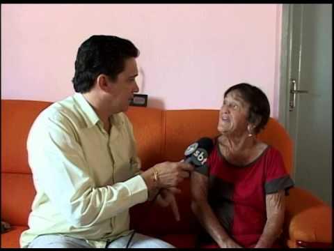 Idosa ganha troféu em 1995 por ser a mulher mais trabalhadora da região
