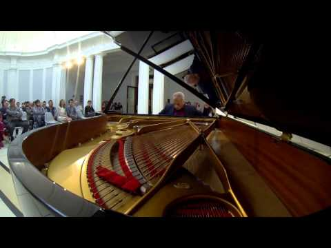 Шуберт Франц - Works for piano solo D.718 Variation on a waltz by Diabelli