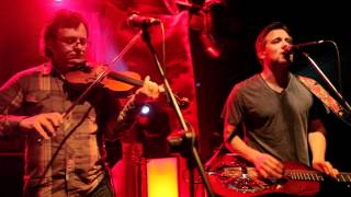 Watch Infamous Stringdusters Fire video
