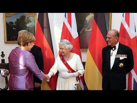 Queen Elizabeth meets Merkel on Germany visit