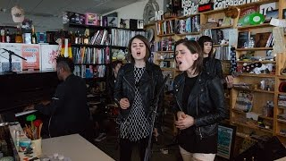 "Tegan And Sara - NPR Music Tiny Desk Concertにて""Stop Desire""など4曲を披露 映像を公開 thm Music info Clip"