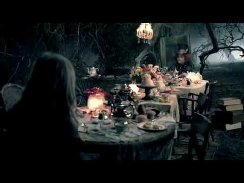 Avril Lavigne - Alice [official video] Video
