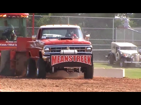 MEANSTREEK Truck Pull 2010- Maribel, WI